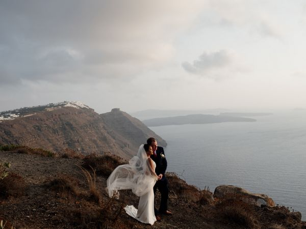 Dreamy nano ceremony with spectacular views of Santorini island