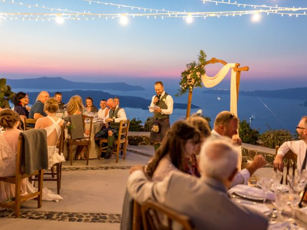 A traditional Scottish wedding in Santorini